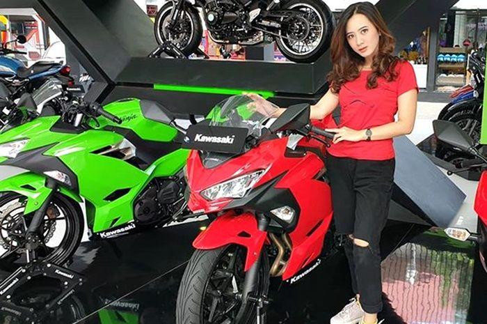 Kawasaki Ninja 250 banyak diminati anak muda karena modelnya