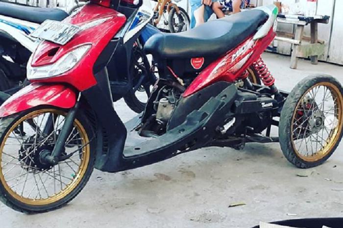 Modifikasi Yamaha Mio roda 3