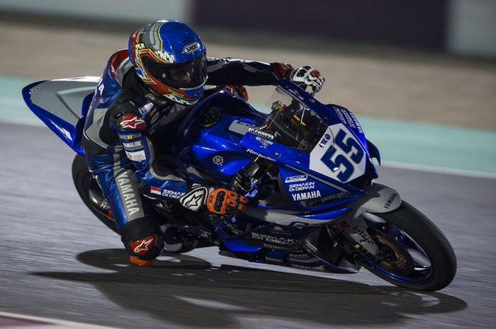 Ilustrasi. Galang Hendra Pratama (Semakin Di Depan Biblion Motoxracing) menempati posisi start 5 di nigth race WSSP300 Qatar malam ini, (26/10/2019)
