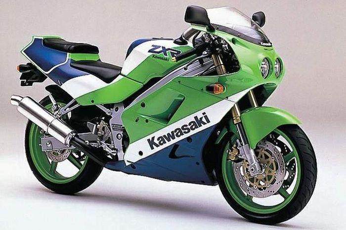 Kawasaki ZXR-250 adalah pendahulu dari Kawasaki Ninja 250 4 silinder.