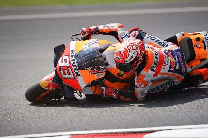 Pembalap rookie ini belajar tehnik menyelamatkan motor seperti Marc Marquez, dia pun yakin bisa mengalahkannya.