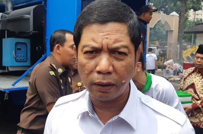 Wali Kota Jakarta Barat, Rustam Effendi, angkat bicara soal pemotor penyiram air keras
