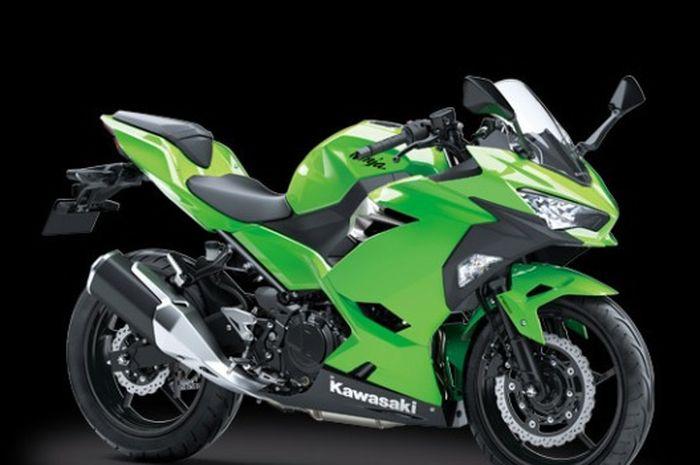Kawasaki Ninja 250 mengalami perubahan harga hampir Rp 2 juta.