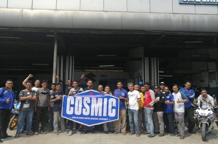 COSMIC (Come On Suzuki Motor Indonesia Community) menggelar KopDar dan servis bareng.