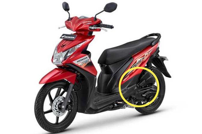 Honda BeAT FI pertama tahun 2012 akhir salah satu cirinya yang membedakan dengan versi karbu sudah dilengkapi footstep boncenger dari besi
