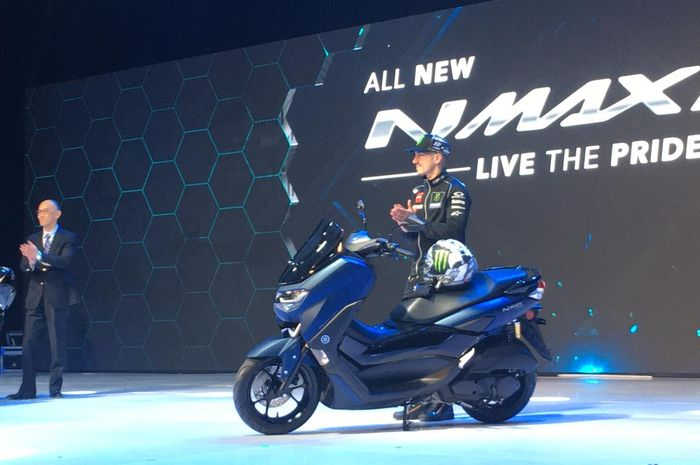 All New Yamaha NMAX ramai di Group Honda PCX
