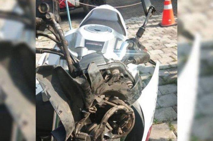 Yamaha V-Ixion yang dikendarai calon sarjana yang tewas dalam kecelakaan maut.