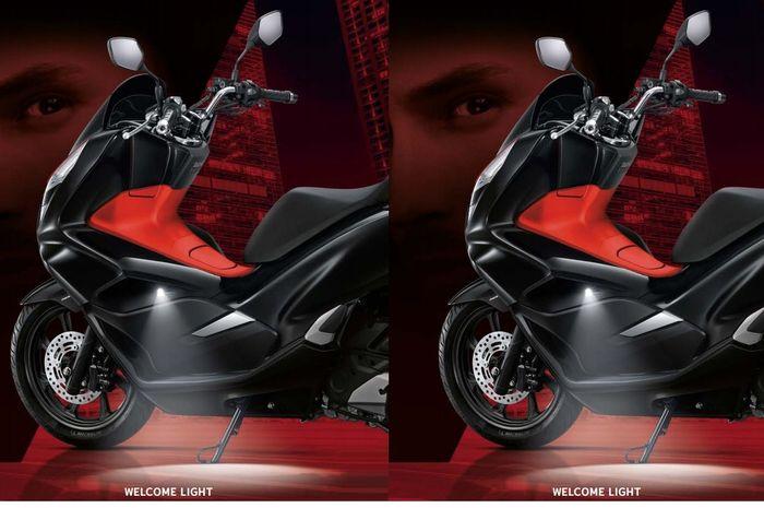 Fitur welcome light di Honda All New PCX 150 Thailand memudahkan menemukan posisi standar samping. Canggih dan mewah banget