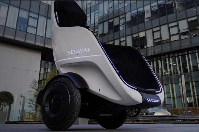 Naik skuter Segway S-Pod seperti duduk di sofa