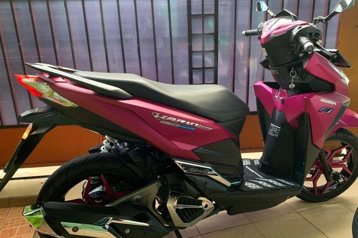 Honda Vario 150 berwarna pink, berapa biaya mengecat body motor di dealer?