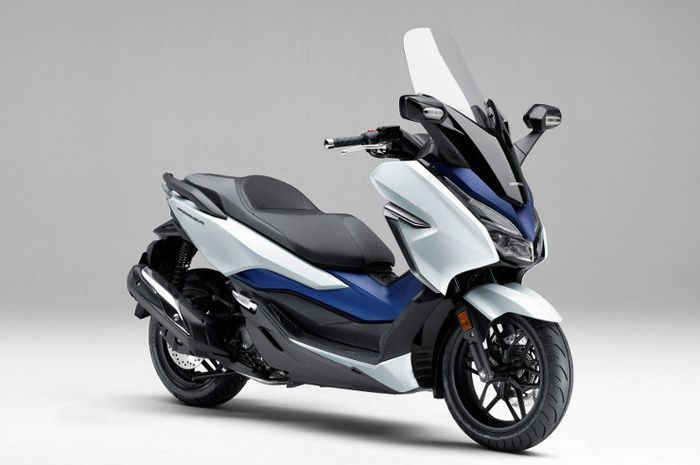 Sadis, beli Honda Forza di tahun baru 2020 dapat diskon sampai Rp 5 juta di sini.