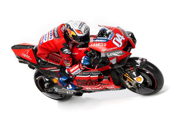 Penampakan Ducati Desmosedici GP 2020 dengan perubahan livery dominan merah dan hitam dibandingkan livery merah dan putih musim lalu