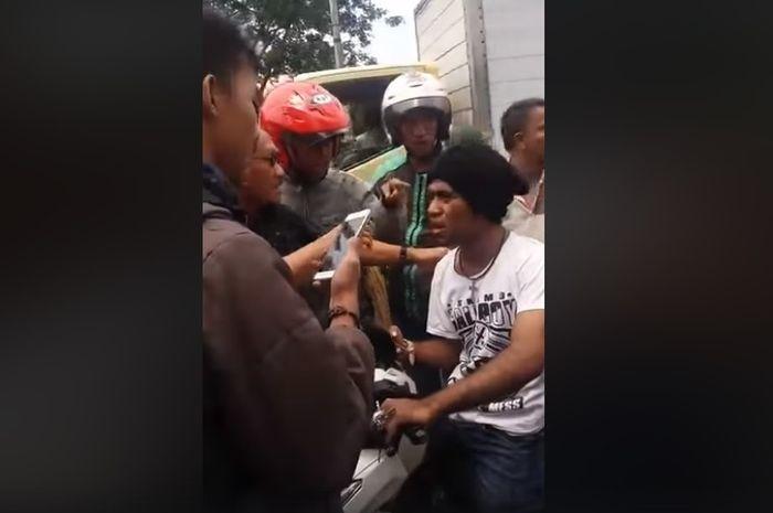Ilustrasi. Debt collector ribut dengan warga di Jakarta Timur