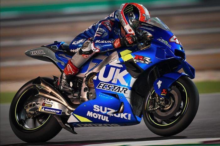 Alex Rins pembalap andalan dari Suzuki Ecstar menjadi pembalap tercepat 1 di hari pertama tes pramusim MotoGP 2020 Qatar