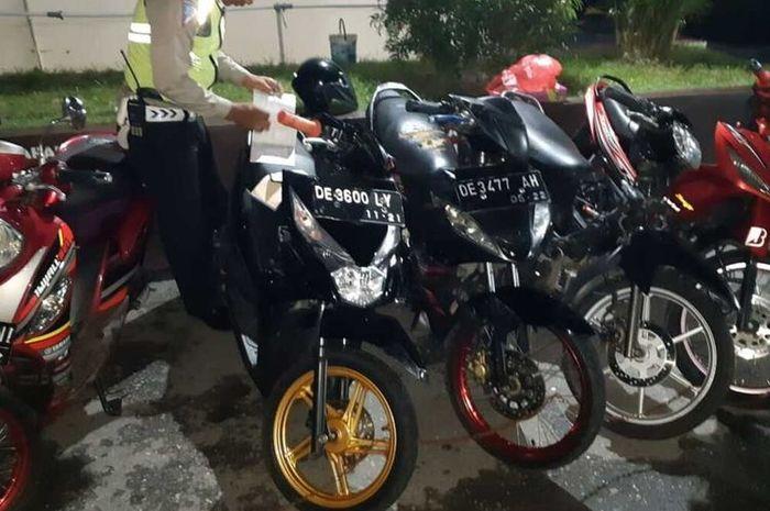 Anggota Polresta Pulau Ambon dan Pulau Lease berhasil mengamankan 14 motor dari razia balap liar di Ambon.