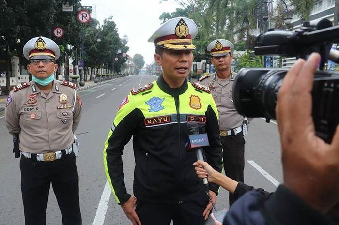 Polrestabes Bandung sudah menutup beberapa ruas jalan