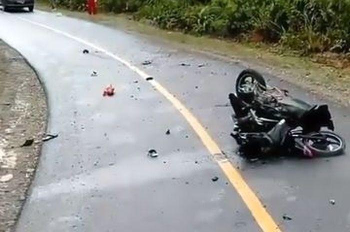 Ilustrasi kecelakaan motor, Tikungan Tenjolaya Bogor Makan Korban,Seorang Ibu Tewas Terjun Ke Lembah Boncengan Naik Motor Matic