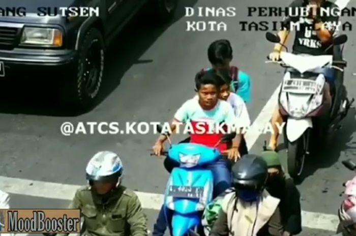 pengendara yang melanggar aturan di Tasikmalaya