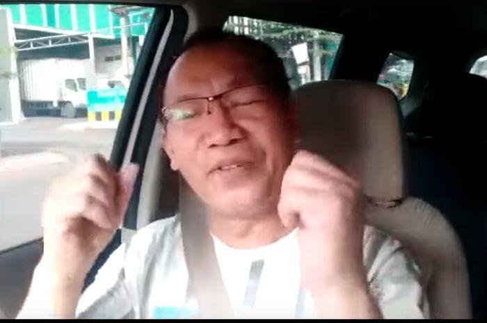 Driver ojek online menangis mobilnya akan ditarik perusahaan