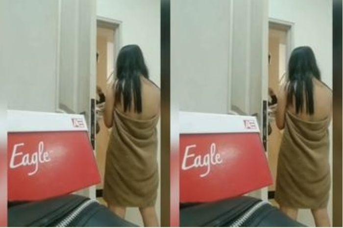 Video viral wanita copot handuk di media sosial bikin netizen marah