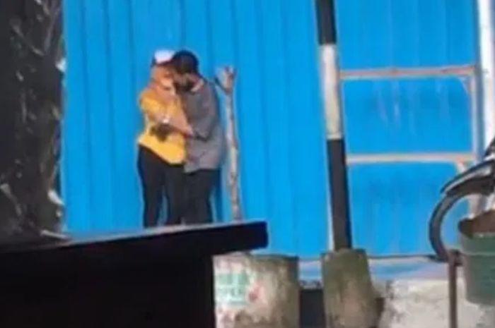 video pelukan dan ciuman viral