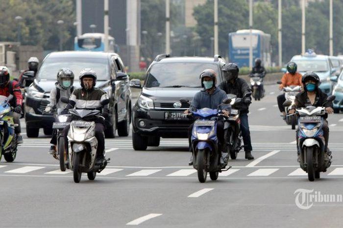 Siap-siap motor kini kena aturan ganjil genap di Jakarta.