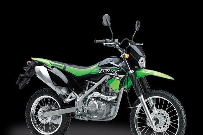 Ilustrasi. Harga Kawasaki KLX 150 turun sampai jutaan rupiah.