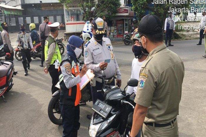 Ilustrasi, Rencananya Pemprov DKI Jakarta akan menerapkan PSBL kepada 62 RW yang masih dalam zona merah