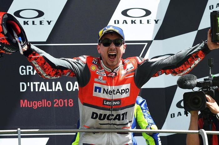 Jorge Lorenzo kenang juara ronde MotoGP Italia musim 2018 sebagai kemenangan yang spesial banget dan ikonik dalam karier balap MotoGP