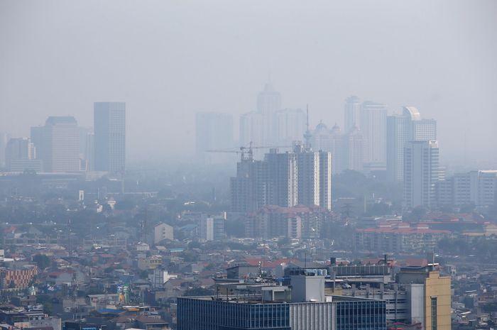 Ilustrasi polusi udara di Jakarta.