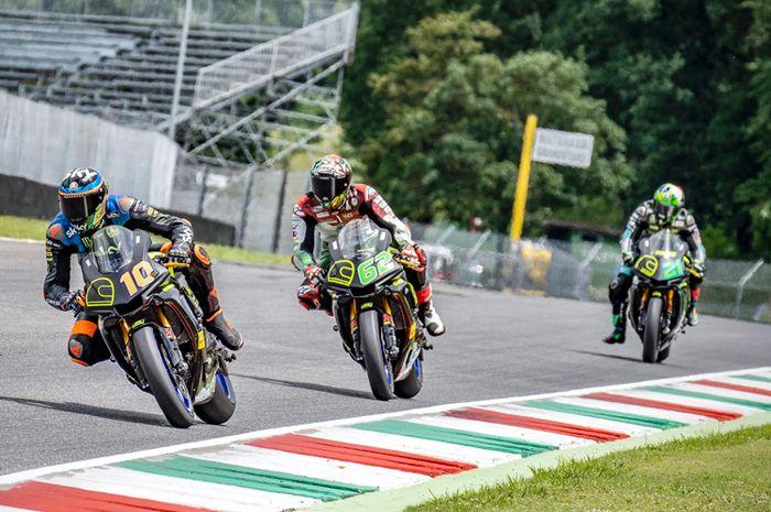 Gak biasanya nih Valentino Rossi absen saat latihan bareng muridnya di sirkuit Mugello Italia beberapa waktu lalu
