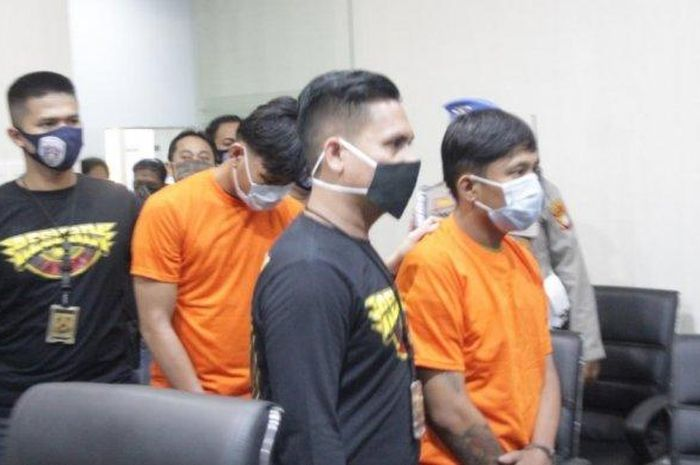 Dua Pelaku jambret ditangkap Polres Metro Jakarta Barat, Kamis (18/6/2020)