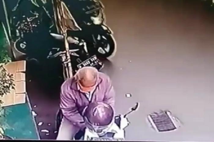 Ilustrasi maling motor. Seorang driver ojol ketiban sial dua kali, Honda BeAT hilang malah disalahin.