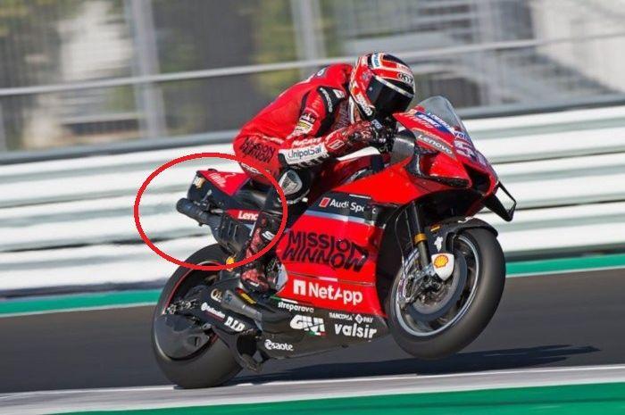Diam-diam tim Ducati menguji coba desain knalpot baru untuk MotoGP 2020 lewat pembalap penguji Michele Pirro di sirkuit Misano, beberapa waktu lalu.