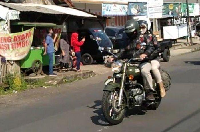 Touring bareng istri disaat pandemi corona menuju Pantai Pangandaran, ternyata Ridwan Kamil punya misi khusus.