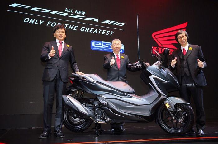 Pesaing berat Yamaha XMAX, All New Honda Forza 350 akhirnya resmi meluncur, desain lebih gahar titur melimpah.
