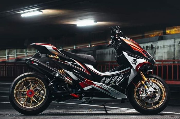 Modifikasi saudara Yamaha NMAX bikin ganteng maksimal.