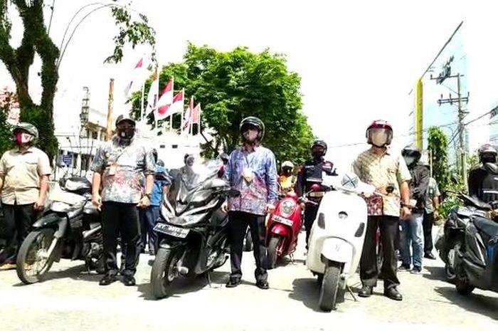Ilustrasi Bikers menyambut Kemerdekaan Republik Indonesia.