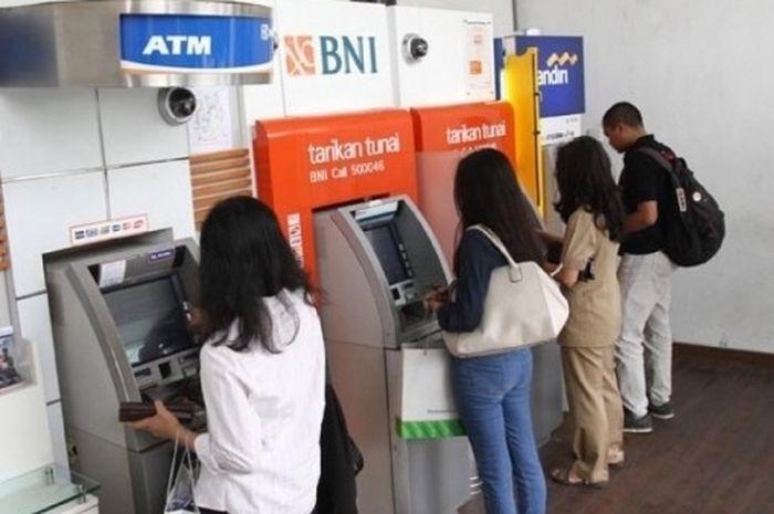 Horeee bantuan pemerintah Rp 600 ribu 5 hari lagi cari bikers bisa cek ATM, simak syarat-syaratnya.