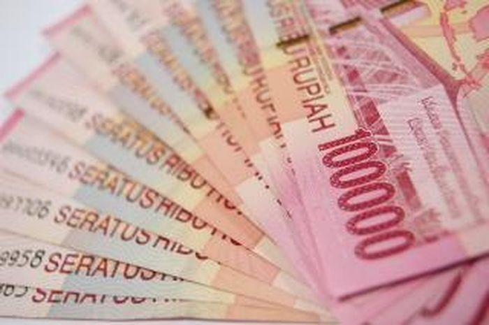 Ilustrasi uang. Bantuan dari Pemerintah masing-masing Rp 2,4 juta untuk12 juta orang lumayan buat DP motor, anda termasuk gak?