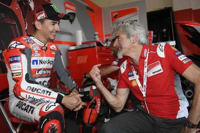 Putus kontrak dengan Andrea Dovizioso, General Manager Ducati, Gigi Dall'igna mengakui telah mengevaluasi Jorge Lorenzo.