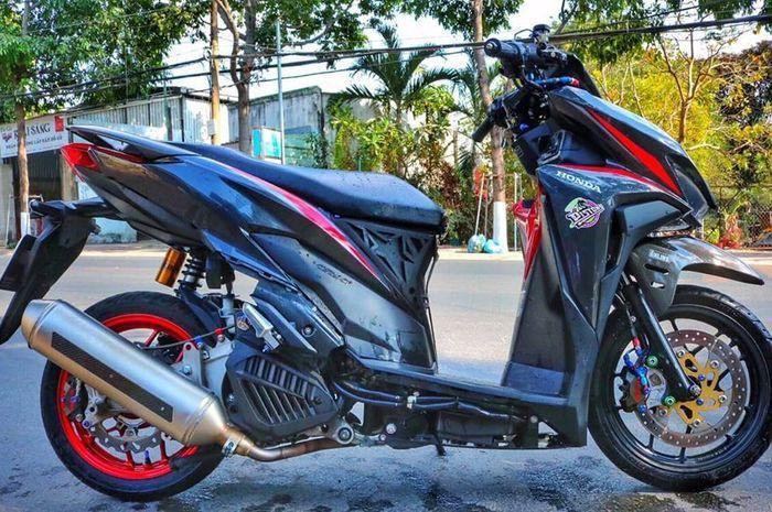 Honda Vario 150 makin elegan berkat part sultan, kokpitnya bikin ngiler.