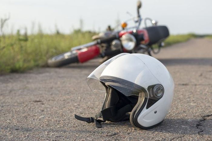 Ilustrasi kecelakaan motor, Pemotor Honda Scoopy mendadak tabrak tiga motor di Pasar Minggu dan langsung tidak sadarkan diri
