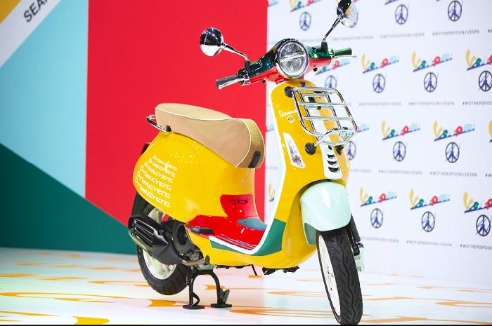 Motor baru Vespa Primavera edisi Sean Wotherspoon resmi meluncur di Indonesia, segini harganya.