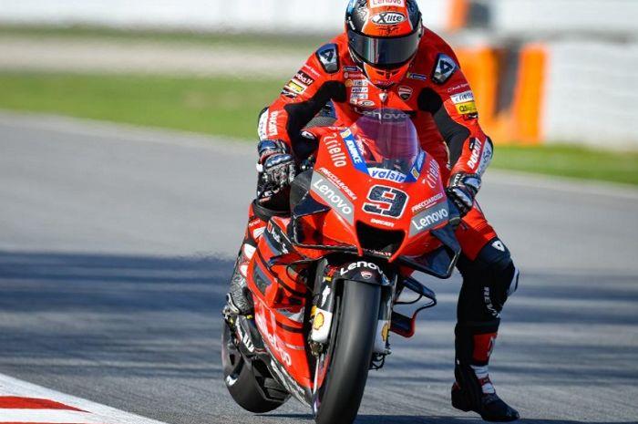 Pembalap Mission Winnow Ducati, Danilo Petrucci ungkap motor Desmosedicinya tidak sekencang dulu di trek lurus.