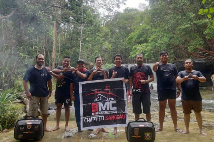 Mantap nih, BMC Chapter Sanggau Kalbar gelar BBQ Ride ke objek wisata Pancur Aji.