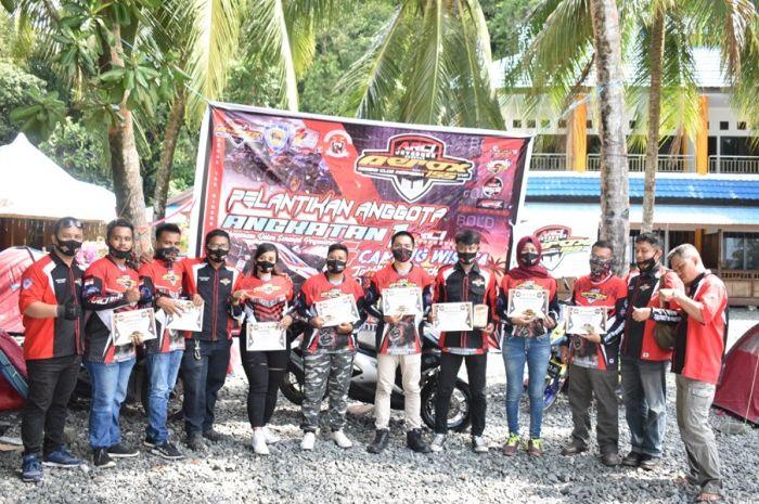 Makin solid! ARCI Jayapura sukses gelar pelantikan anggota baru sekaligus camping wisata di Pantai Tablanusu.