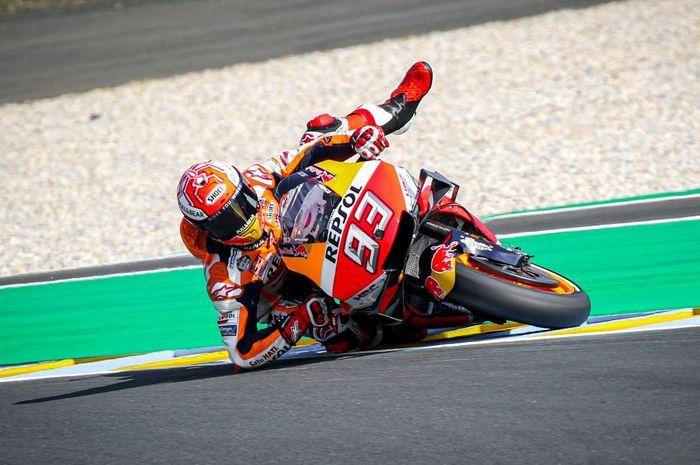 Pembalap rookie di MotoGP 2021, Enea Bastinini pelajari teknik selamatkan motor seperti pembalap tim Repsol Honda, Marc Marquez.