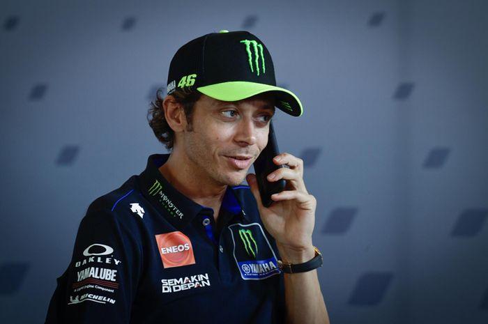 Valentino Rossi dinyatakan positif Covid-19 dipastikan absen di MotoGP Aragon akhir pekan ini. Semakin panjang rekor buruk Valentino Rossi di MotoGP Aragon