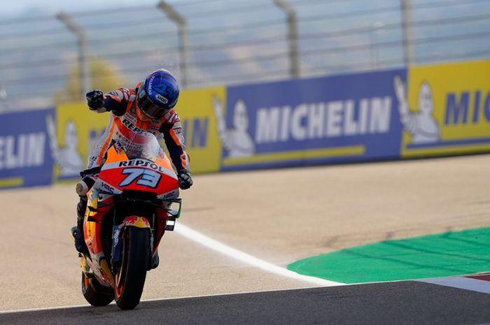 Pembalap Repsol Honda, Alex Marquez mengungkap rahasianya beradaptasi dengan Honda RC213V di MotoGP 2020.
